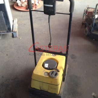 Fregadora de suelos industrial Karcher BR400
